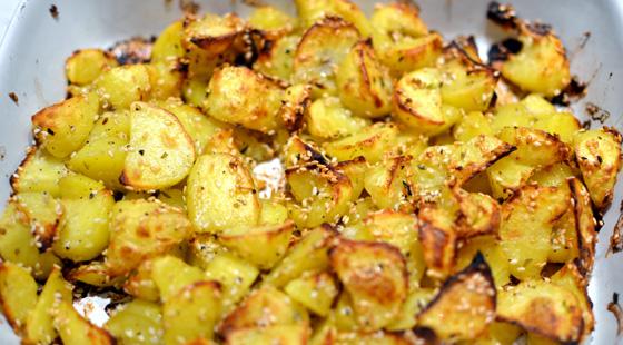 sprøde kartoffelbåde i ovn